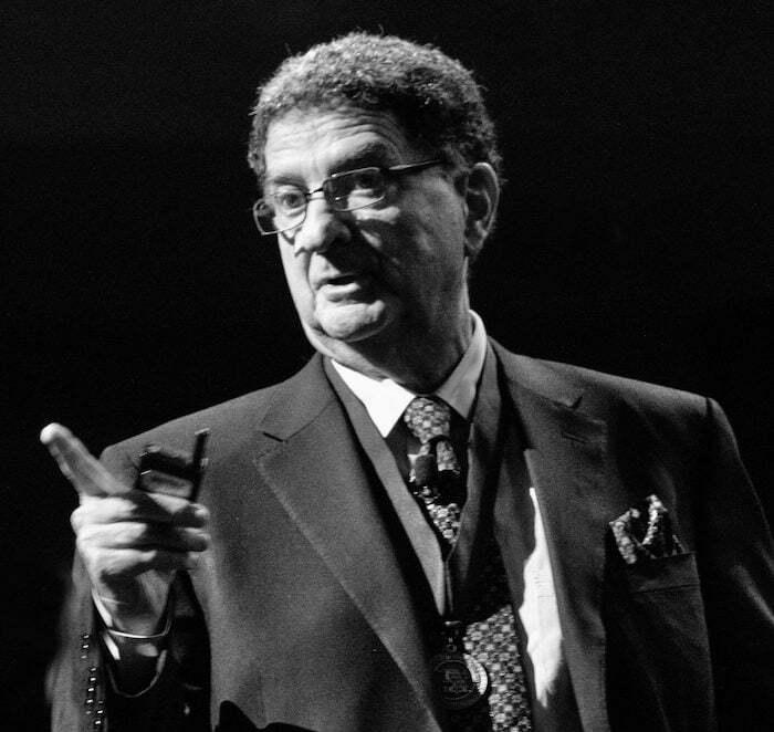 Prof. Dennis Tarnow